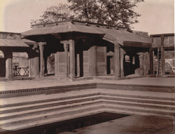 General view from the south-west of the Turkish Sultana's House, Fatehpur Sikri 1003630